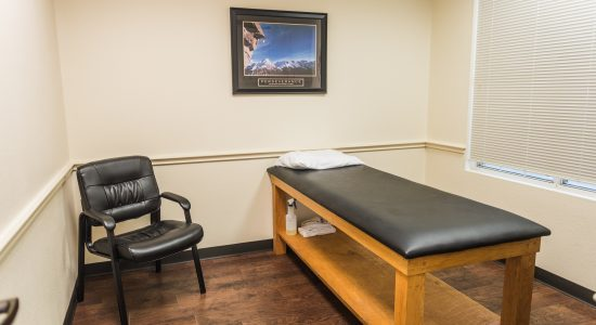 Velocity-Physical-Therapy-Denton-Waiting-Room-005