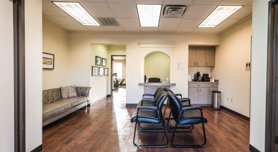 Velocity-Physical-Therapy-Denton-Waiting-Room-006